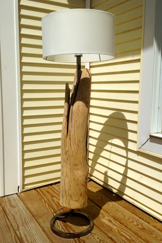 Mo-fer - Vert Partout - Lampe en bois flottant